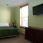 room-rental-efficiency-full-size-bed-williamsport-pa-17701